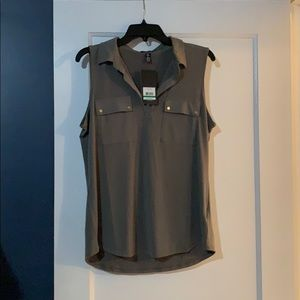 Jones NY sleeveless blouse